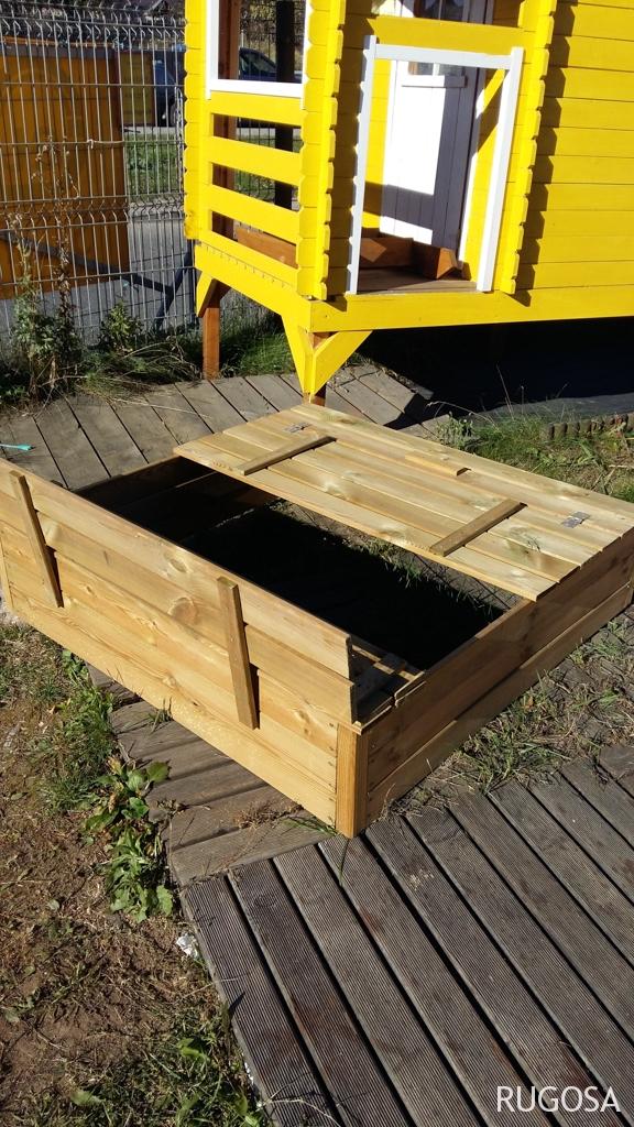 Smėldėžė su suoliukais ,120x120 cm