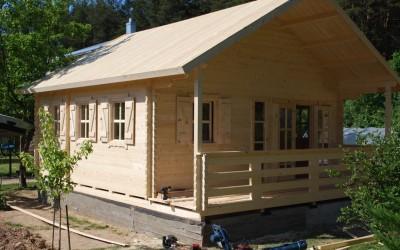 Vasarnamis 600x600 cm, terasa po stogu 200 cm