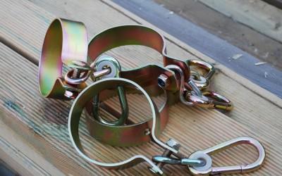 Metalinė apkaba su karabinu, diam.10 cm