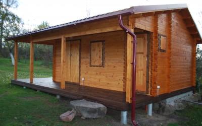 PR08 Pirtis 400x400cm su veranda 250x400cm , siena 60mm, garinė 300x300cm, tualetas 100x100cm , Kaina tik medinės dalies nuo 10200 Eur