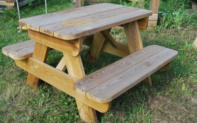 LB08  Vaikiškas piknik stalas Ančia, 90x97x h 54cm. Kaina nuo 55 Eur