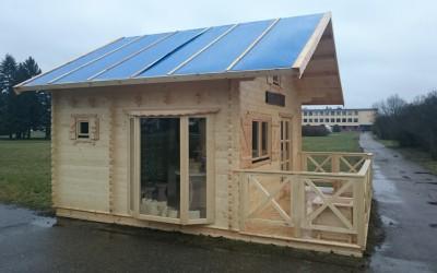 Sodo namelis/pirtis 500 x 400 cm, dviejų aukštų, su atvira 200 cm pločio terasa