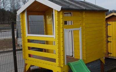 Vaikiškas namelis Vilius XXL, matmenys H 205 x PL 130 x ilgis 175  cm, su plastikine čiuožykle 120x40 cm