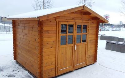 IN5 Sandėliukas Monreal 250x220 cm, sienos storis 28 mm, stogas dvišlaitis, nedažytas. Kaina nuo 849 Eur.