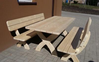 LB07 Lauko baldai Madis, stalas 200x75cm, storis 44mm, džiovintos medienos , nedažytas. Kaina nuo 450 Eur