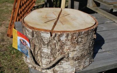 Beržinė kaladė/deglas, dega iki 3-4 val., tinka žiemą iškyloje vietoj dujinės plytos ar laužo
